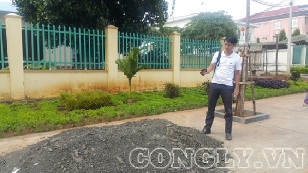 Gia Lai: Đường làm xong, chưa nghiệm thu đã sửa