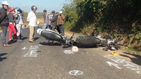 NGHIÊM TRỌNG ở Gia Lai:  Xe máy tông nhau, 2 người thương vong