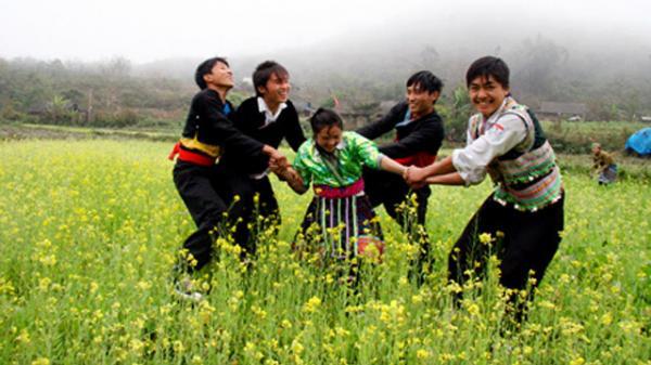 Người Mông ở Hà Giang chung tay xây dựng đời sống văn hóa cơ sở