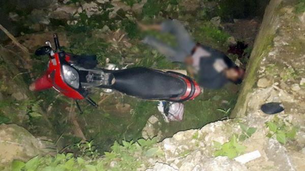 Tai nạn kinh hoàng: Người đàn ông tử vong dưới cống nước cùng chiếc xe máy