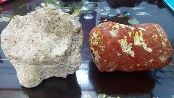 Một người dân sở hữu 2 viên đá 'lạ' tỏa hương thơm được thương gia trả giá 5 tỷ vẫn không bán
