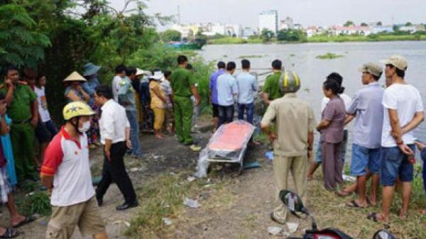 NÓNG: Đang đi xe buýt, một hành khách bất ngờ phát hiện thi thể người đàn ông nổi lềnh bềnh trên sông
