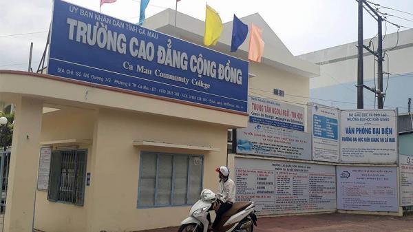 """Trường miền Tây liên kết đào tạo """"chui"""", hàng loạt sinh viên bị dừng học"""