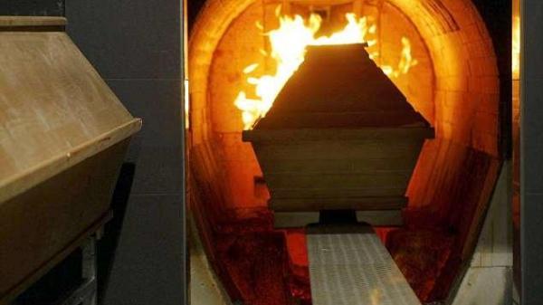 Lạnh gáy 'bí ẩn' người đàn ông đã được hỏa thiêu và mai táng, bất ngờ trở về nhà sau 1 năm