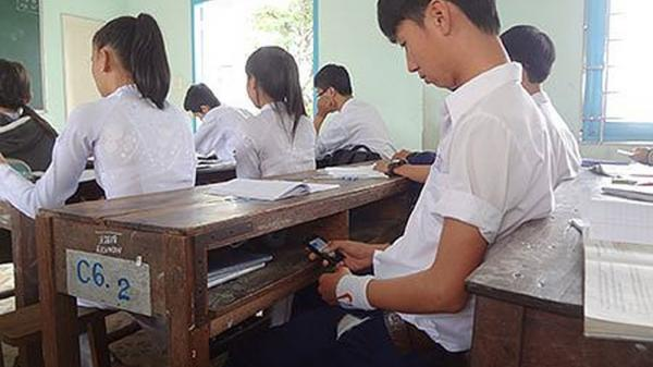 Đang làm bài thì chuông điện thoại reo, thí sinh bị đình chỉ thi tất cả các môn trong kỳ thi THPT Quốc gia 2018