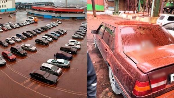 """Kinh hãi cơn mưa đỏ như máu trước trận đại chiến WC ở Nga, toàn bộ sân đều """"nhuốm máu"""""""
