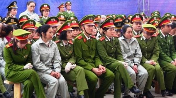 """Chân dung vợ Nguyễn Thanh Tuân – """"bà trùm"""" ma túy khét tiếng, bị tuyên án tử cùng 29 đàn em"""