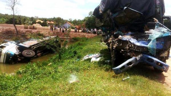 Nguyên nhân BẤT NGỜ gây tai nạn liên hoàn khiến xe bẹp rúm, văng xuống mương, 3 người tử vong tại chỗ