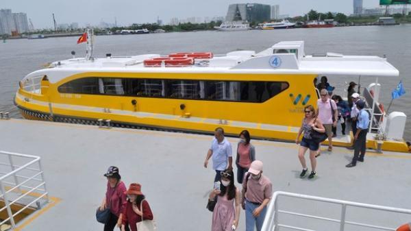 Sẽ thêm nhiều tuyến buýt đường thủy kết hợp du lịch từ Sài Gòn về miền Tây
