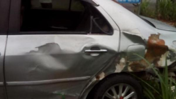 Vĩnh Phúc: Kinh hoàng tai nạn giao thông liên hoàn trên Quốc Lộ 2, ô tô va chạm với xe đầu kéo, tài xế xe được đưa đi cấp cứu
