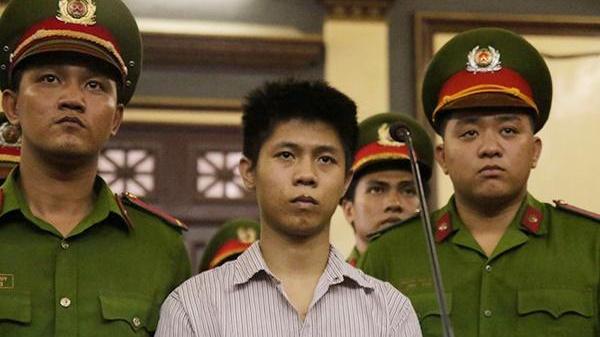 Biết mình sẽ chết, Nguyễn Hữu Tình quay xuống tìm người nhà mà không thấy: Bị cha mẹ từ mặt?