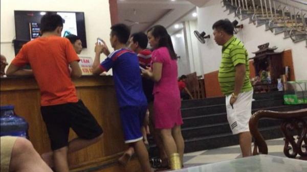 Thanh Hóa: Cả gia đình 15 người bị đuổi khỏi khách sạn trong đêm ở Sầm Sơn vì... tự ý đi ăn ở ngoài