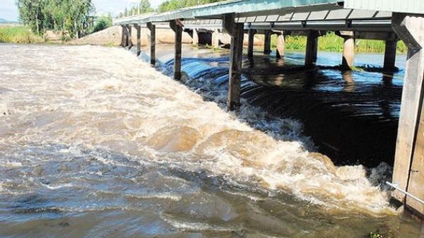 CẢNH BÁO: Đồng Tháp và các tỉnh miền Tây mưa lớn kéo dài, lũ năm nay cao hơn năm trước