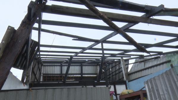 Những mái nhà trơ trọi ở Hậu Giang khi bị dông lốc tàn phá kinh hoàng