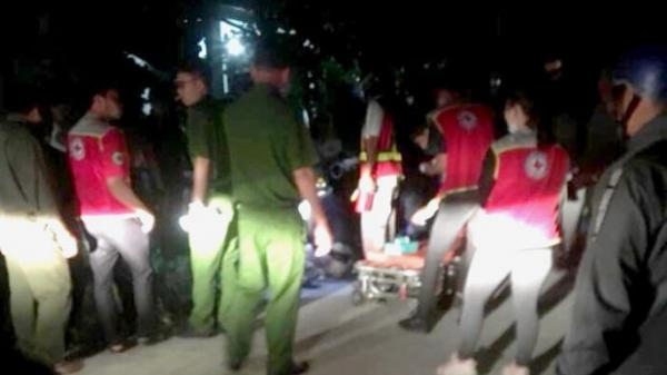 Kinh hoàng: Đâm 1 người chết và 3 người khác bị thương, nam thanh niên chạy về nhà tự đâm chính mình