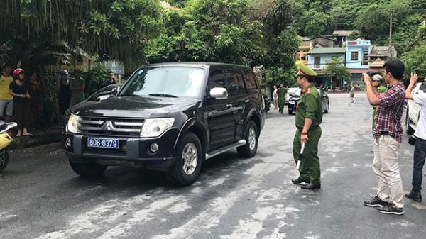 Cận cảnh quá trình khám xét nhà ông Vũ Trọng Lương trong vụ sửa điểm thi Hà Giang