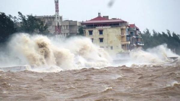 Cảnh báo: Tin áp thấp nhiệt đới giật cấp 8 trên Biển Đông