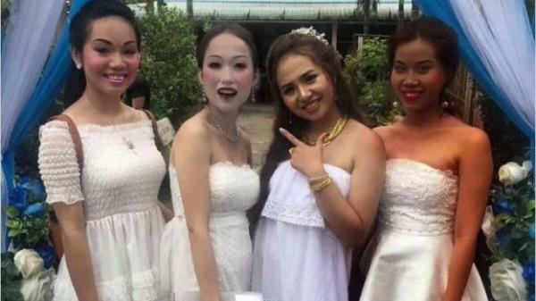 Sự thật bức ảnh ba cô gái miền Tây trang điểm kinh dị đi ăn cưới bạn thân đang lan truyền trên MXH