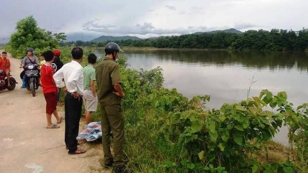 NÓNG: Phát hiện thi thể nữ thiếu tá quân đội nghỉ hưu trôi dạt trên sông