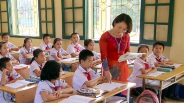 Hậu Giang: Không để vì trường lớp xuống cấp mà không tổ chức tựu trường