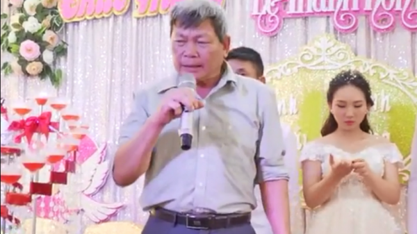 Cười nghiêng ngả với bài phát biểu cực chất của ông bác say mèm trong đám cưới
