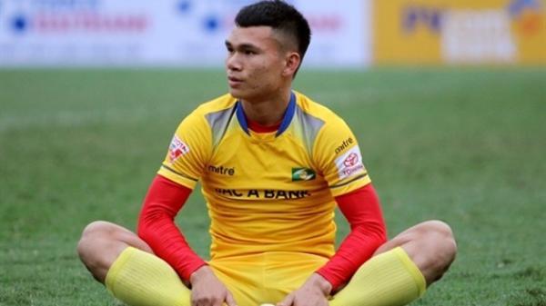 Chấn thương nặng, Xuân Mạnh nhiều khả năng không thể tham dự AFF Cup 2018