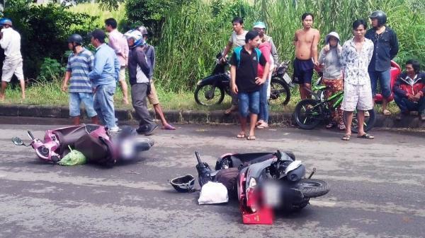 Bị container tông chết trên đường về quê ra mắt gia đình, chàng trai ôm thi thể người yêu khóc ngất