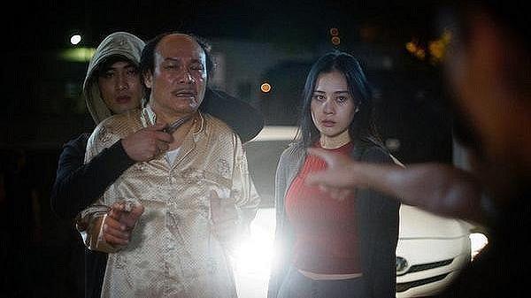 Lộ clip gay cấn và mới nhất trong tập 13 phim 'Quỳnh búp bê': Cảnh đến tận nhà sát hại lão Cấn