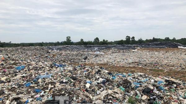 """Thanh Hóa: """"Núi rác"""" của thành phố Sầm Sơn sẽ được di rời"""