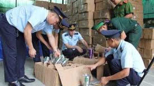 Lạng Sơn: Đột kích bắt kho bình nước in hàng loạt các nhãn hiệu nổi tiếng