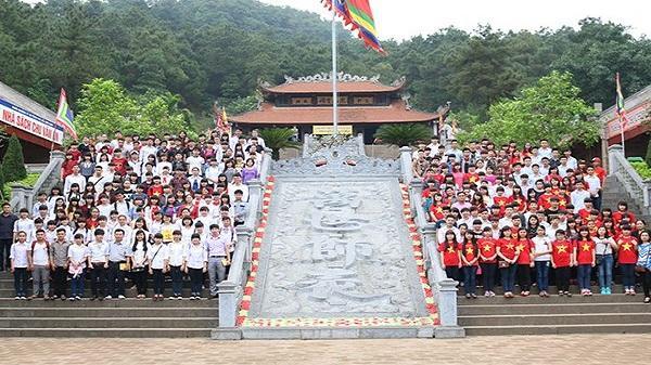 Đền thờ Nhà giáo Chu Văn An - nơi tôn vinh đạo làm thầy