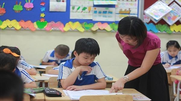 Hải Dương: Giáo viên hợp đồng phập phồng lo việc