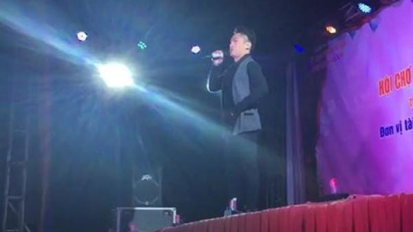 """Ca sĩ Du Thiên phân trần việc """"thách đánh nhau"""" trên sân khấu"""