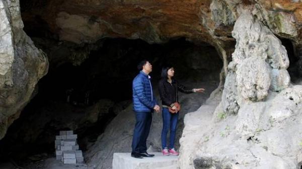 Hải Dương: Phát hiện mộ cổ trong hang đá trên 3.000 năm tuổi, còn nhiều di cốt