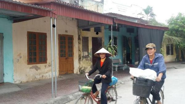 """Hải Dương: Nhiều phụ nữ bị """"dân anh chị"""" đến nhà xiết nợ"""