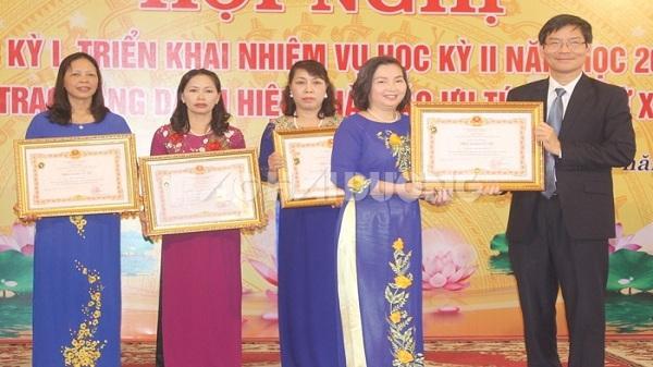 Hải Dương: 4 giáo viên nhận danh hiệu Nhà giáo Ưu tú