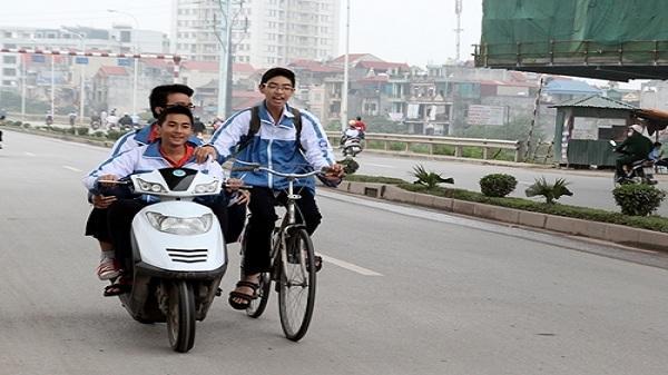 Cắt thi đua hiệu trưởng, giáo viên có học sinh vi phạm giao thông