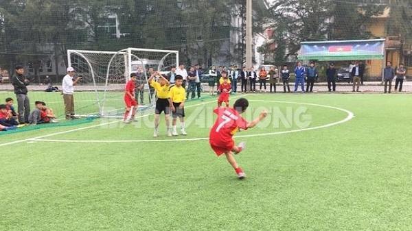Kết thúc Giải bóng đá học sinh tiểu học tỉnh năm học 2017 - 2018: Đội Kim Thành lần thứ 2 vô địch