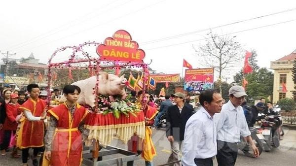 Hải Dương: Độc đáo tục rước lợn ở lễ hội đình Mè