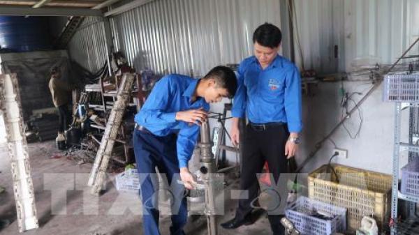 Thanh niên Hải Dương khởi nghiệp từ hàng rào bê tông công nghệ mới, mỗi tháng kiếm trăm triệu
