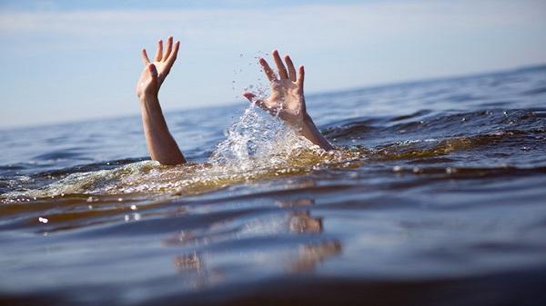 Hải Dương: Thương xót hai chị em ruột chết đuối dưới ao cá