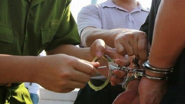 Cảnh sát hình sự Hải Dương bắt 2 đối tượng gây ra 3 vụ cướp giật