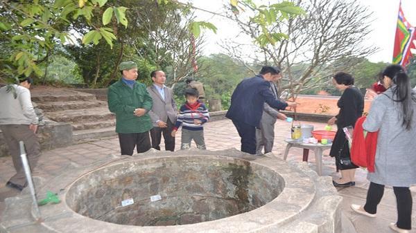 Tìm hiểu sự thật giếng nước hơn 700 tuổi chữa bách bệnh ở Côn Sơn - Hải Dương