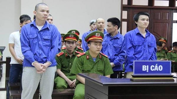 """NÓNG: Sắp xét xử tử tù trốn trại Nguyễn Văn Tình và Thọ """"sứt"""""""