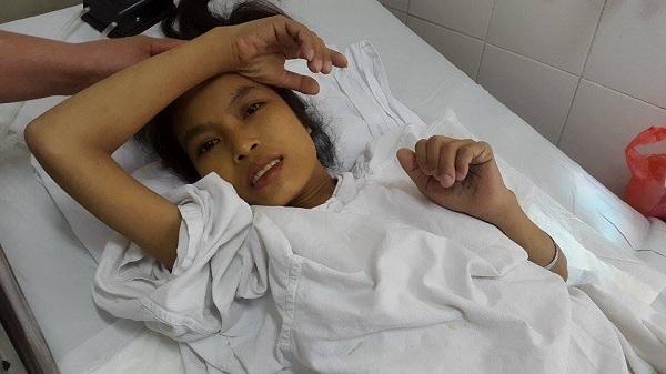 Thương xót cô gái nghèo giành giật sự sống qua 10 lần phẫu thuật