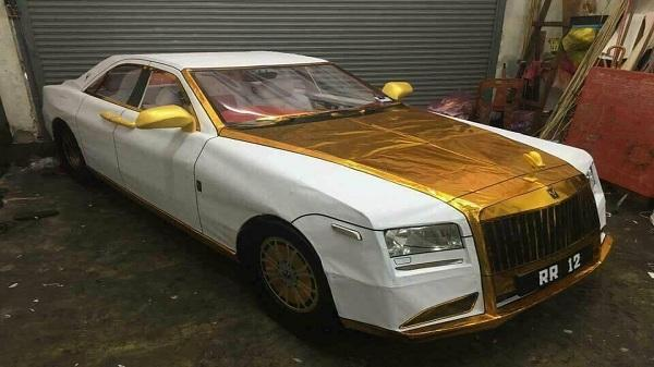 Rolls-Royce bằng giấy cúng rằm tháng 7 độc nhất vô nhị