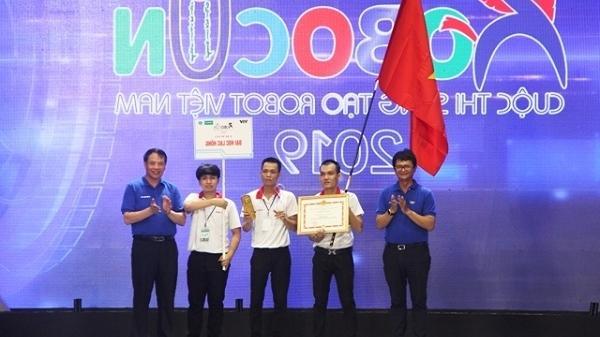 Đại học Lạc Hồng lần thứ 9 vô địch Robocom Việt Nam