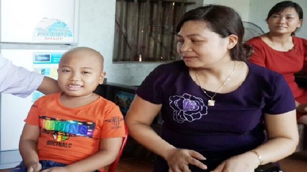 Cháu Sơn cần giúp để chữa bệnh hiểm nghèo