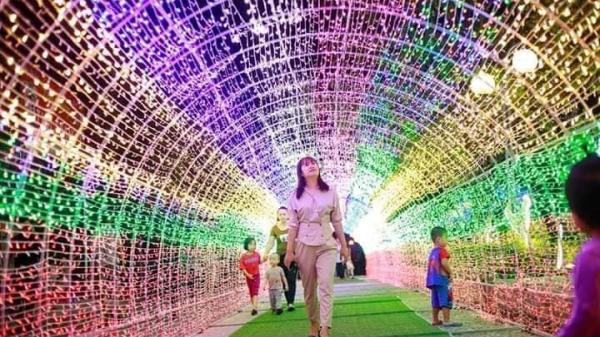 Hải Dương: Tưng bừng chờ đón lễ hội đường phố và trình chiếu ánh sáng với hàng trăm mô hình đèn Led chào mừng TP lên đô thị loại I