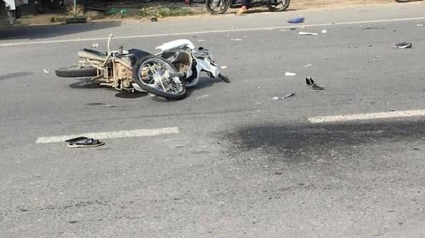 Xe tải va chạm xe máy, 1 người tử vong